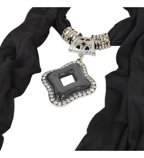 Elegant Diamond Pendant Jewelry Necklace