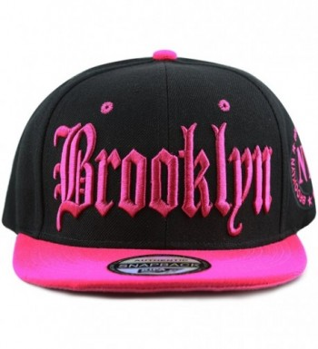 The Hat Depot Premium Quality Old English Brooklyn Flat Visor Snapback Baseball Cap - Black Fuchsia - CM184KTGM9L
