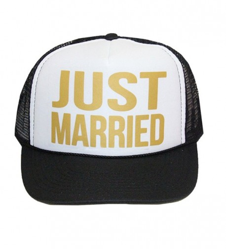 Classy Bride Just Married Trucker Hat - Black/White - CR17YD5THOQ